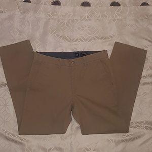 Men's Gap kakhi pants